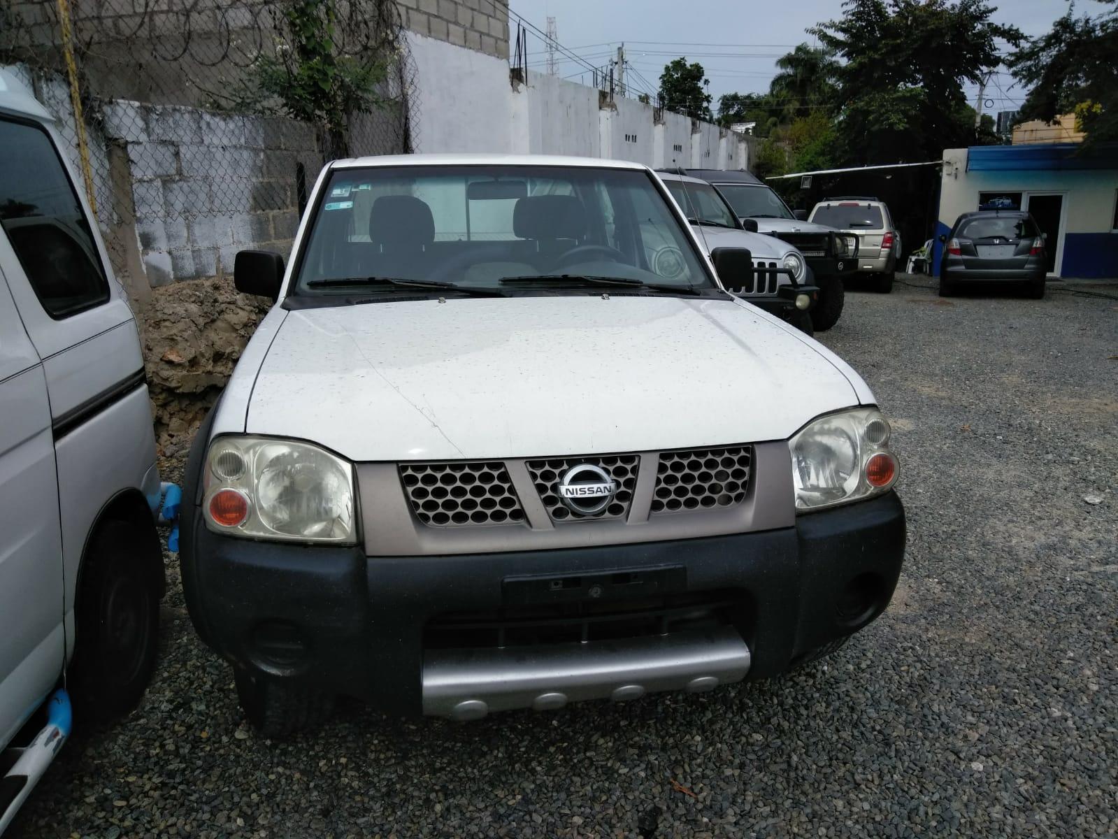 Vendo Camioneta Nissan frontier 4 * 4