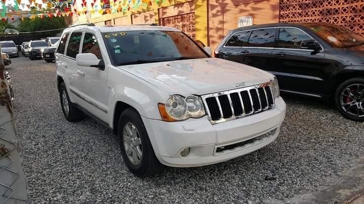 Vendo Jeep Grand Cherokee Limited