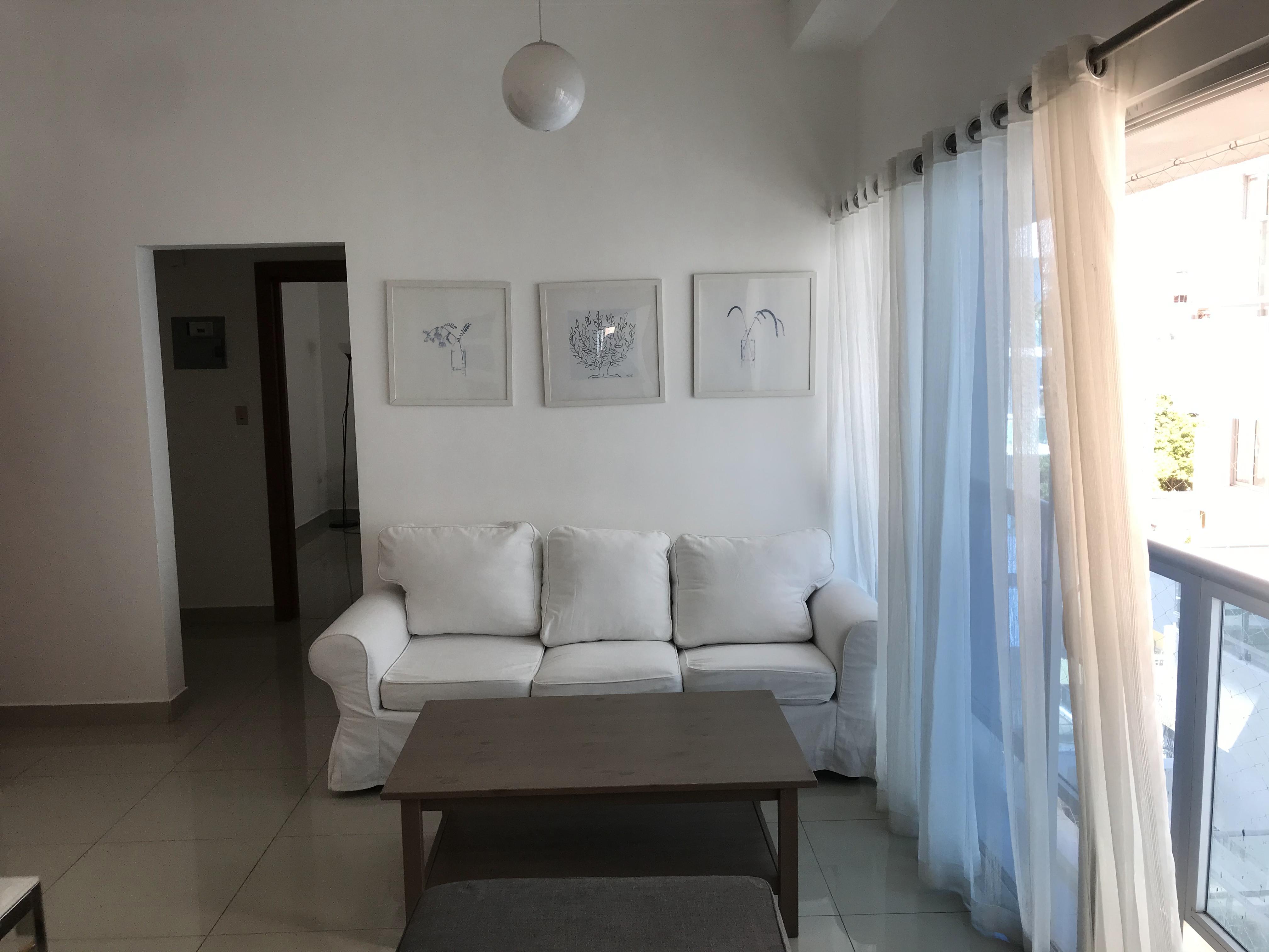 Apartamento de 1 habitacion en el sector de Evaristo Morales en Alquiler