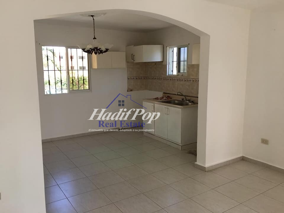 De renta apartamento en 2do nivel, Puerto Plata
